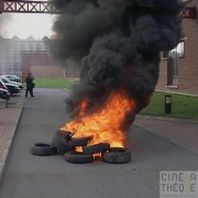 La Lainière de Roubaix : manifestation et pneus enflammés